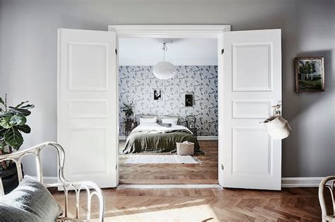 scandinavian style  bold wallpaper  bedroom