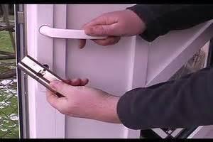 Elektrischer Türöffner Einbauen : eine gegensprechanlage mit t r ffner selber einbauen so geht 39 s ~ Watch28wear.com Haus und Dekorationen