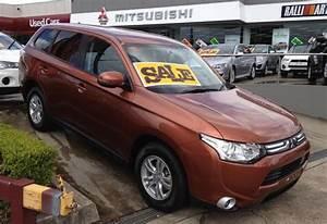 Mitsubishi Outlander 2014 Review