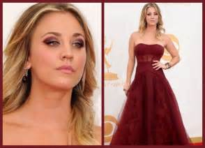 Get The Look: Kaley Cuoco?s Burgundy Eye Makeup At Emmys 2013