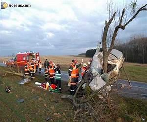 Accident De Voitures : accident de voiture ~ Medecine-chirurgie-esthetiques.com Avis de Voitures