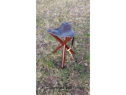 driepoot stoel hout stoeltjes kruk