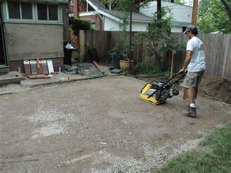 Paver Patio Ideas Diy how to lay a brick paver patio how tos diy