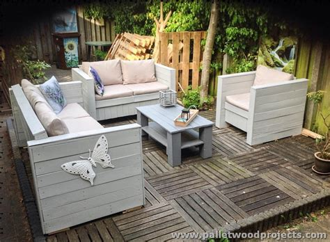 Pallet Patio Furniture Plans by Patio Furniture Made From Wooden Pallets Pallet Wood