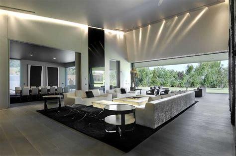 concrete house madrid  spanish property  architect