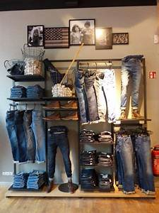 Visual Merchandising Einzelhandel : visual merchandising retail store display men 39 s clothing and accessories business ~ Markanthonyermac.com Haus und Dekorationen