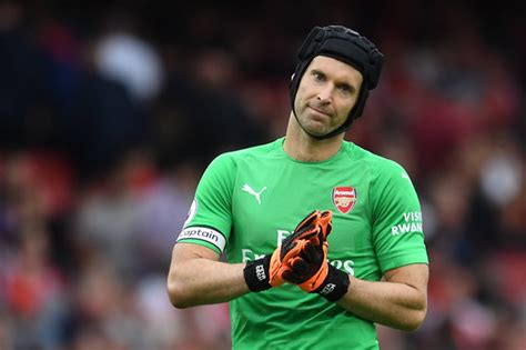 arsenal news petr cech fires message to club s fans after opening day defeat to city