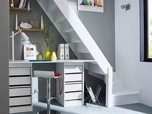 Bureau Sous Escalier : rangements et am nagements sous l 39 escalier 15 exemples ~ Farleysfitness.com Idées de Décoration