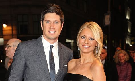 Tess Daly admits she's struggling without Vernon Kay as ...