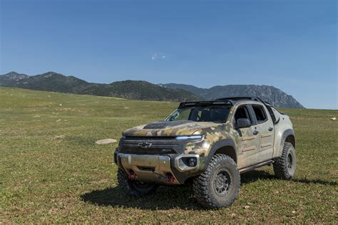 chevy concept truck chevrolet colorado zh2 first ride in hydrogen fuel cell