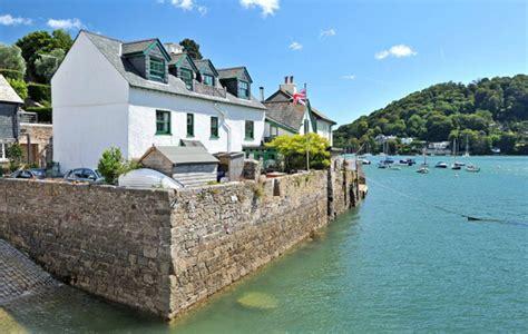 5 Beautiful Waterfront Properties For Sale In Devon