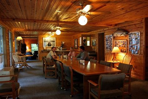 Eagle Charters & Lodge (elfin Cove, Ak)