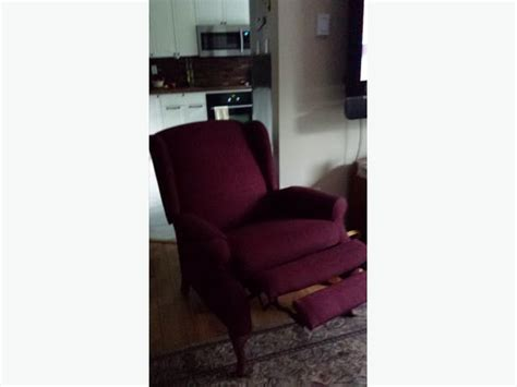 wing back chair with built in foot rest duncan cowichan