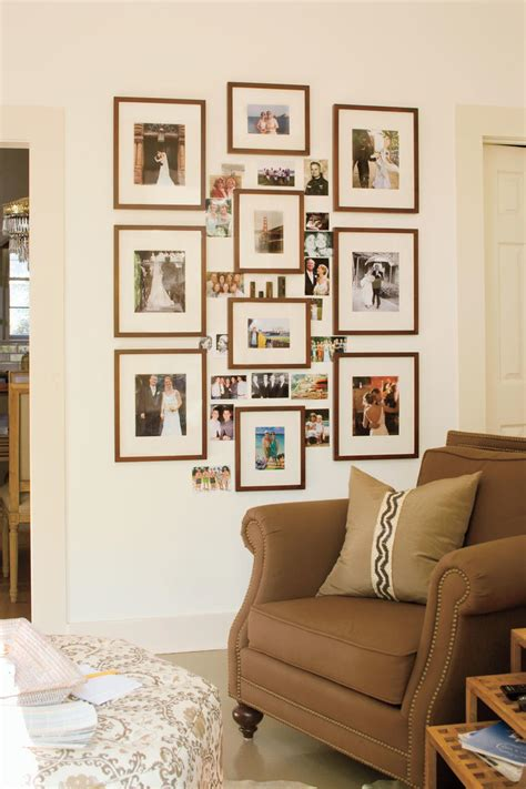 Living Room Decorating Ideas Picture Frames by A Living Room Redo With A Personal Touch Decorating Ideas