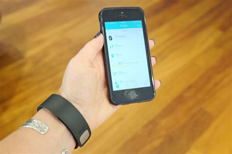 how to sync fitbit to iphone gadget review fitbit charge zinc moon