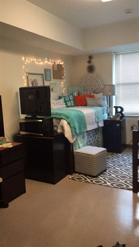 Ideas For Rooms by Uncp Room Haleys Room College Rooms