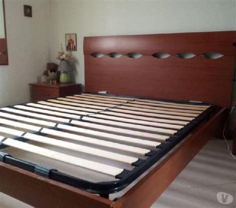 Come sostituire le doghe del letto. Letto struttura con rete a doghe a Salerno | Clasf casa-e ...