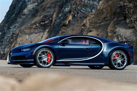 Bugatti Chiron Pics by 2018 Bugatti Chiron Review Trims Specs And Price Carbuzz