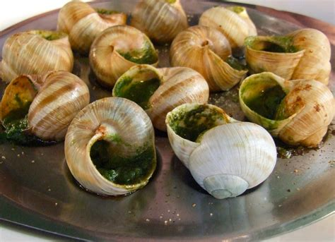 cuisine escargots how to benoit 39 s escargot food republic