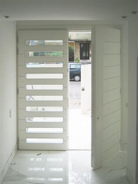 portone d ingresso in legno portone in legno residenza privata domosystem