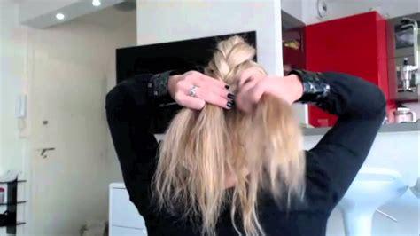 tuto coiffure 45 chignon romantique chic et facile easy bun hairstyle