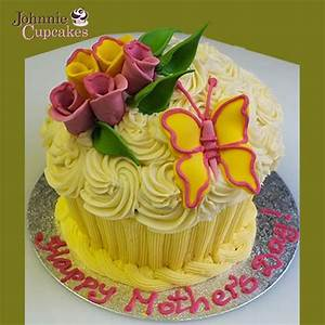 Giant Cupcake Mothers Day - Johnnie Cupcakes