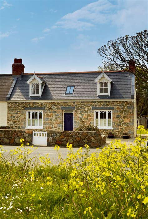 Renovating Kitchen Ideas - a restored granite cottage homebuilding renovating