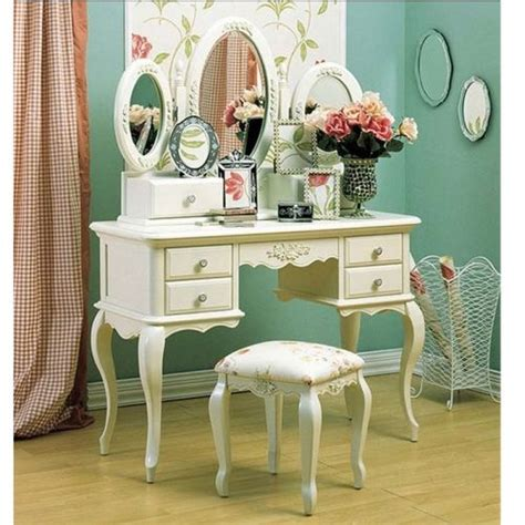 bedroom sets with vanity 17 best ideas about bedroom vanities on pinterest 14426 | bc22eb3d1ee6fa4a65bdb10fb9c1ae47