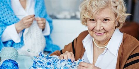 fun crafts     elderly   holidays