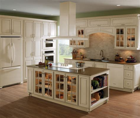 homecrest transitional kitchen grand rapids