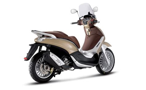 Piaggio Beverly Hd Photo by 2011 Piaggio Beverly Tourer 300 Motorcycle Picture Wallpaper