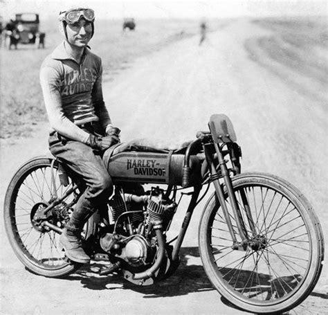 Harley Davidson Ticker Symbol by Beginning In 1920 A Team Of Harley Davidson Farm