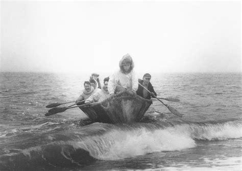 Kayak Like Boats Crossword Clue by Wotd
