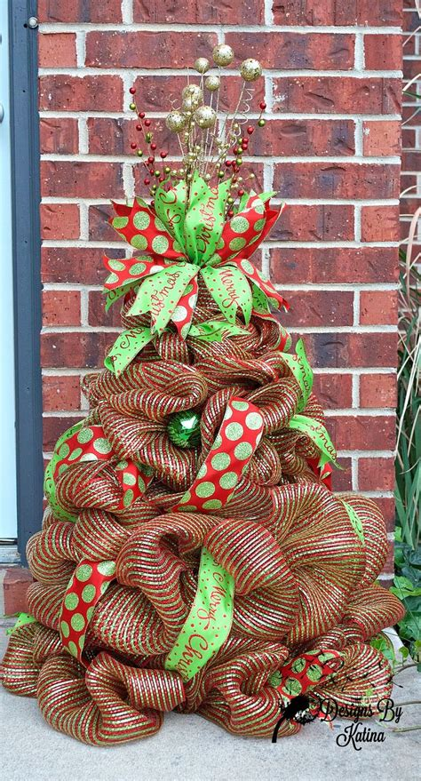 how to add mesh garland christmas tree 1000 ideas about mesh tree on decorations tree garland