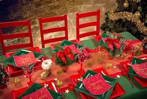 Table De Noel Traditionnelle : une table de no l traditionnelle rouge et verte ~ Melissatoandfro.com Idées de Décoration