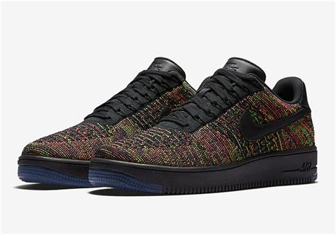 A Detailed Look At The Nike Air Force 1 Low Flyknit Multi