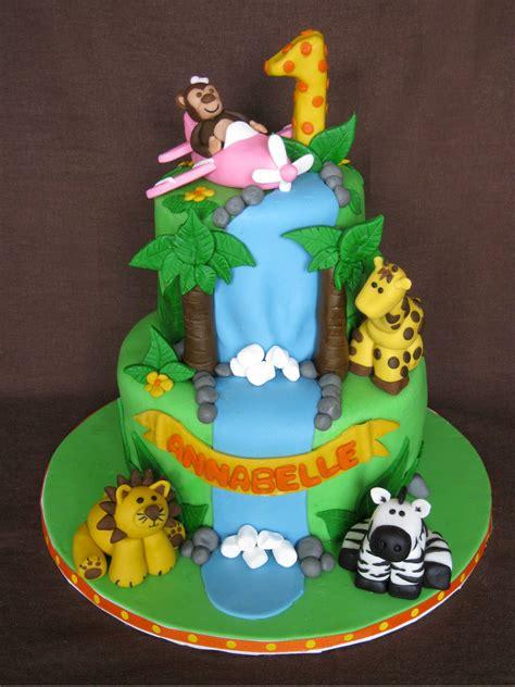 birthday cakes sweet buttercream