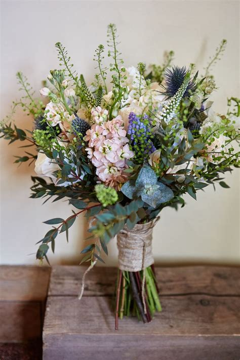 natural wedding flowers ideas  pinterest