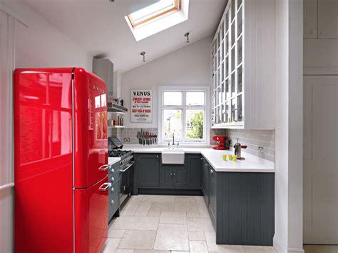 kitchen cabinets and stones limited barvne ideje za kuhinjo naj vaša kuhinja zasije 7995