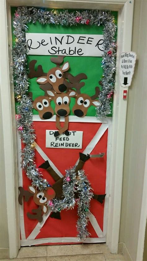 holiday door decorating contest offices ideas