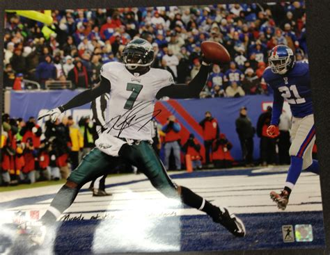 lot detail  michael vick game   signed