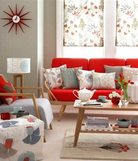 Wohnzimmer Einrichten Vintage by Rotes Sofa Wohnzimmer Einrichten Farbige Dekokissen