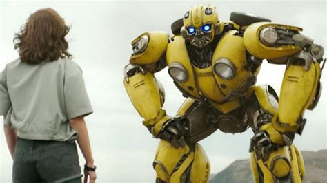 dylan o brien bumblebee dylan o brien will voice bumblebee in the upcoming movie