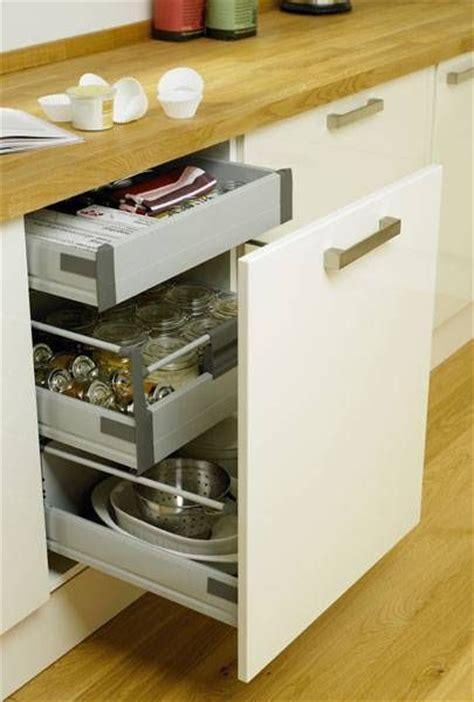 howdens kitchen accessories soft 3 drawer base unit storage solutions 1743