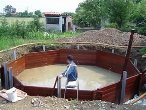 piscine bois ronde semi enterree piscine acier bois With piscine bois semi enterree installation