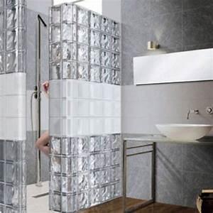 Les 25 meilleures idees concernant salle de bains brique for Salle de bain design avec cloisons décoratives