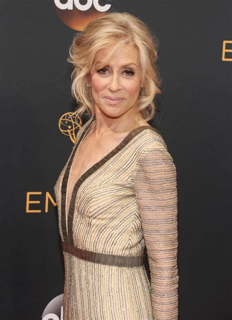 Judith Light by Judith Light S Great Look At The 2016 Emmy Awards Lainey