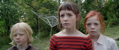 Bettwäsche Pubertät by Liebt Philipp Farbfilm Verleih