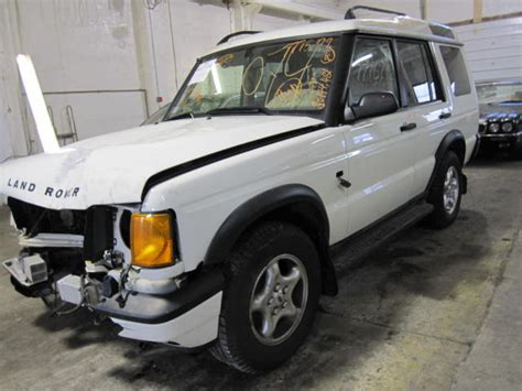 Parting Out 2000 Land Rover Discovery