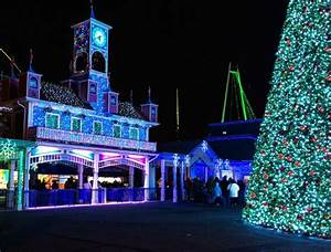 Lake Compounce Holiday Lights 2017 The Oldest Amusement Park In America Is Connecticut 39 S Lake